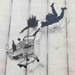 banksy-shop_til_you_drop